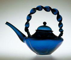 藍色ねじり撮手ちろり 長崎系吹きガラス 江戸時代 サントリー美術館