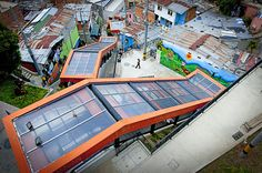 The City built a outdoor escalator as part of a broader plan to reduce crime and instill pride in slums and install public transportation linked to newly built parks and libraries that encourage people to reclaim their communities Park Landscape, Urban Landscape, Ramp Stairs, Colombia South America, Vernacular Architecture, Urban Park, Modern Staircase, Modern City, Urban Planning