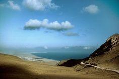 Magnum Photos -  Harry Gruyaert YEMEN. South Yemen. Quishun bay. 1995.