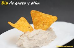 Really easy to prepare: dip of cheese and tuna. Only 3 ingredients that you will have ready in less than 1 minute. The perfect starter! Tuna Dip, Canapes, Diy Food, 3 Ingredients, Love Food, Easy Meals, Appetizers, Cheese, Snacks