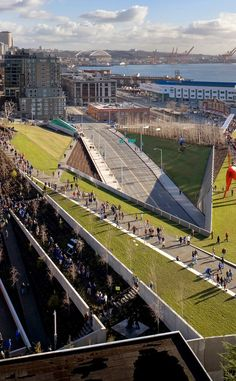 Olympic Sculpture Park | Travel | Vacation Ideas | Road Trip | Places to Visit | Seattle | WA | Art Museum | Community Park | Photo Op | Folk Art | City Park | Art Gallery | Roadside Attraction
