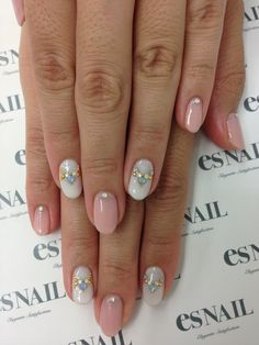 Enjoy perfect #nails. Explore in detail the best video that helps you to have…