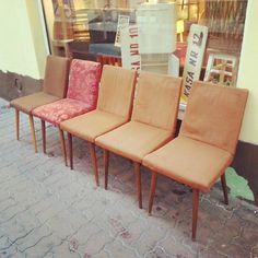 Krzesła typ 1300 Słupskie Fabryki Mebli Znalazły nowy dom They found a new home #vintage #furniture #interiors #industrial #design #loft #retro #vintageshop #sklepvintage #poznan #midcenturymodern #midcentury #vintagestyle #60s #lata60te #60er #70er #70s #lata70te #krzesło #chair #chairs #70jahre #stuhl #wnętrza #instadesign