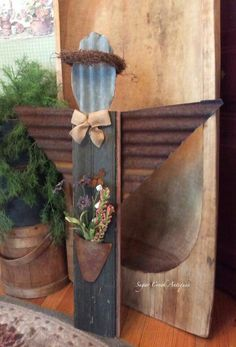 88 Adorable Angel Christmas Decoration Ideas for Your Outdoor Design - Christmas Angels, Christmas Crafts, Christmas Decorations, Xmas, Shutter Angel, Wooden Crafts, Diy And Crafts, Wood Angel, Prayer Garden
