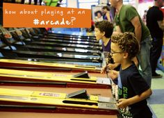 Do your kids love to play video games? Take a family trip to the #arcade to get out of the house and enjoy some playtime! #kidsactivities #familyfun #thingstodo #yuggler