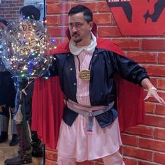 Doctor stranger things cosplay and more from nc comicon « adafruit Doctor Stranger, Pun Costumes, Cosplay Costumes, Halloween Costumes, Cosplay Ideas, Funny Cosplay, Epic Cosplay, Awesome Cosplay, Halloween Diy