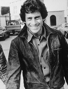 Paul Michael Glaser in Starsky and Hutch