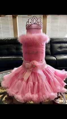 Aubree's Diaper Cake Diaper Cake Instructions, Baby Cakes, Shower Ideas, Parties, Weddings, Conch Fritters, Fiestas, Wedding, Party