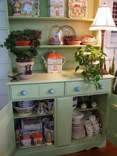 How to paint a stained china cabinet hutch for a beautiful makeover. Painted Hutch, Painted Furniture, Diy Furniture, China Cabinets And Hutches, China Hutch Makeover, Dish Storage, Cozy Kitchen, Historic Homes, Vintage Kitchen