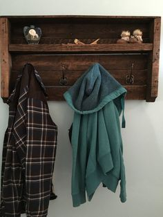 Pallet Coat Rack Pallet Decor Reclaimed Wood by DuffsDecorAndMore