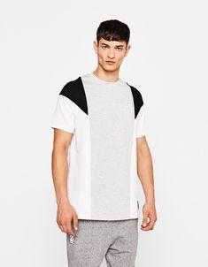 Contrasting T-shirt - New - Bershka United Kingdom Polo Shirt Style, Mens Designer Shirts, Pose, Gym Wear, Boys T Shirts, Tee Design, Custom Clothes, Streetwear Fashion, Mens Tees