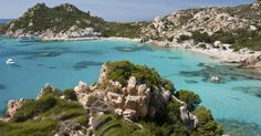 Cala Corsara in La Maddalena, Sardinia Maddalena Archipelago, Street Style Magazine, Time Of Your Life, Beach Tops, Beach Holiday, Holiday Destinations, Landscape Photography, Camping, Island