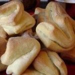 Libritos de queso Cupcake Recipes, Queso, Dairy, Bread, Cheese, Cup Cakes, Salsa, Food, Savory Scones