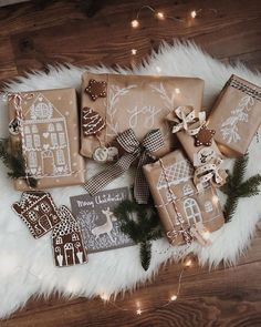 Christmas Presents, Merry Christmas, Cosy Winter, Malm, Jingle Bells, Gift Packaging, Winter Wonderland, Diy Gifts, Gift Wrapping