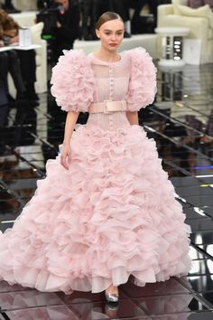 lily rose depp in chanel couture