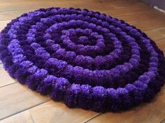 Super Cute Pompom Wool Rugs for Sale Pom Pom Crafts, Yarn Crafts, Kids Crafts, Diy And Crafts, Diy Pom Pom Rug, Diy Carpet, Rugs On Carpet, Tapetes Diy, Latch Hook Rugs