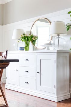 Building a modern farmhouse sideboard buffet is easy with these free plans. Sideboard Decor, Dining Room Sideboard, Modern Sideboard, Credenza, Farmhouse Style Kitchen, Modern Farmhouse, White Farmhouse, White Buffet, White Sideboard Buffet