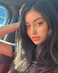La imagen puede contener: una persona, selfie y primer plano Beauty Makeup, Hair Makeup, Hair Beauty, Beautiful Girl Makeup, Cindy Kimberly, Brunette Girl, Girls Makeup, Aesthetic Girl, Woman Face