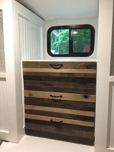 Building for an rv r