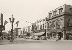 Vintage Downtown Kenosha 6th Ave. - Kenosha, WI (1945)
