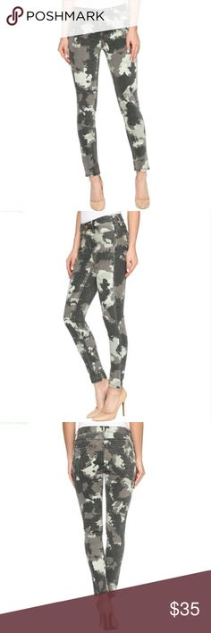 Calvin Klein Abstract Camo Print Ankle Skinny Jean NWT. See pictures for measurement and sizing details. Size 26. Perfect condition!  * Bundle 2 or more items from my closet to receive 15% off your purchase and save on shipping! * Calvin Klein Jeans Skinny