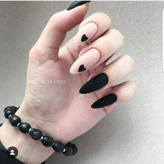 Expand fashion to your nails with the help of nail art designs. Donned by fashion-forward personalities, these kinds of nail designs can add instantaneous allure to your apparel. Matte Nail Art, Black Nail Art, Cute Acrylic Nails, Glitter Nail Art, Fun Nails, Cute Black Nails, Black Art, Edgy Nail Art, Long Black Nails