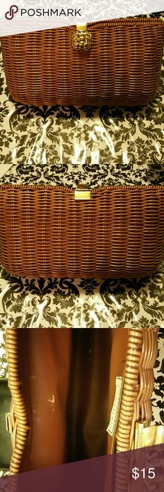 COURTENAY vintage clutch Selling  a gently used vintage Courtenay clutch woven beautiful clutch in the inside you can see in the pictures it's a bit dirty as is. Courtenay Bags Clutches & Wristlets