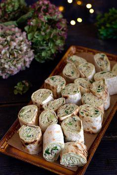 Mozzarella, Quinoa Salat, Zucchini, Avocado, Chicken Wraps, Tortilla, Fresh Rolls, Food Pictures, Cookie Recipes