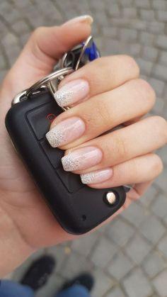 32 Impressive Acrylic Nail Ideas Art Designs : Page 14 of 29 : Creative Vision Design How to utilize nail polish? Nail polish in your friend's nails looks Prom Nails, Wedding Nails, Wedding Acrylic Nails, Homecoming Nails, Wedding Makeup, Hair And Nails, My Nails, Bio Gel Nails, Shellac Nails