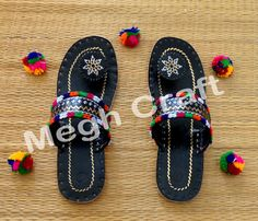 Kutch Embroidered Genuine Leather Chappals - Kolhapuris SLIP-ONS - Kutchhi AAHIR Work Hand Embroidery FOOTWEAR - BY #meghcraft #craftnfashion #CraftsOfGujarat #indianethnicjewelry #IndianTraditionalJewelry Megh Craft - Indian Ethnic Jewelry