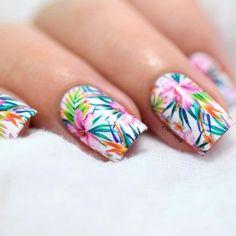28 Lovely Summer Beach Nails Art Ideas