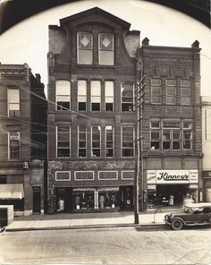 1924 vintage photo of Shenk's Department Store and Kinney's Shoes ( Ulrich's Photo Studio on second floor) near St. Mary's on Eighth Street in downtown Lebanon, PA.