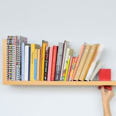 18 lovely, creative and unique shelves to decorate your walls