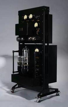 Giant Tube Amplifier