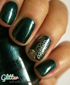Glitter and Nails: China Glaze Emerald Fitzgerald m317