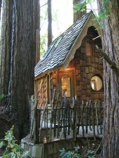 adorable small-house-mendocino by Tumbleweed Tiny House Company, via Flickr