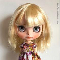 Un preferito personale dal mio negozio Etsy https://www.etsy.com/it/listing/496021934/ooak-custom-blythe-doll-fake-maria
