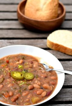 A Vegan 15 Bean Soup using one of those little bags of soup mix and my Instant Pot. From dried beans to deliciously healthy soup in just 1 hour. Vegan Soups, Vegetarian Recipes, Healthy Recipes, Detox Recipes, Vegan Food, 16 Bean Soup, Instant Pot, Pots, Bean Soup Recipes