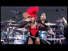 ▶ Grace Jones - Slave To The Rhythm (Jubilee Concert, 4.6.12) - YouTube