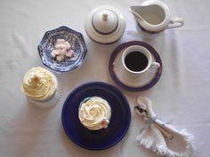 Cupcakes de vainilla. Vanille Cupcakes. La hora de la merienda.