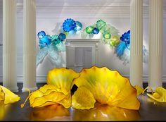Dale Chihuly @ the Halcyon Gallery. Contemporary glass art