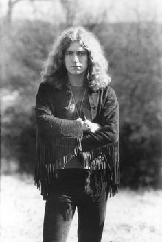 Robert Plant in fringe jacket #gettheledout