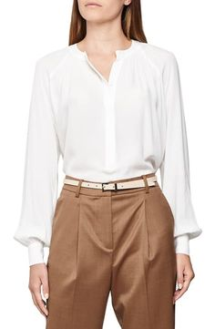 Shop a great selection of Reiss Gwen Balloon Sleeve Popover Blouse. Find new offer and Similar products for Reiss Gwen Balloon Sleeve Popover Blouse. Faux Leather Pencil Skirt, Tie Neck Blouse, Blouse Online, Reiss, Plus Size Blouses, Blouse Styles, Blouses For Women, T Shirt, Nordstrom