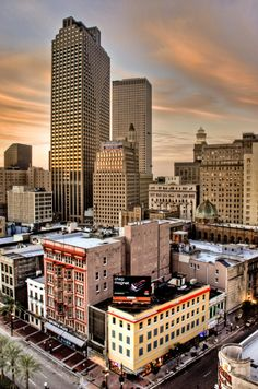 New Orleans, i love new orleans, could never live there but it's somewhere i would love to see more of