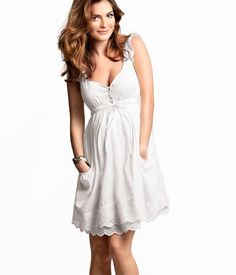 Sundress from H, just add boots! White Sundress, White Dress Summer, Summer Dresses, Party Dresses, H&m Online, Maternity Pictures, Bellisima, Fashion Online, Casual Dresses