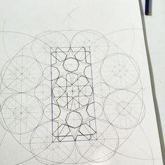 Geometric Pattern Design, Geometry Pattern, Geometry Art, Islamic Art Pattern, Arabic Pattern, Pattern Drawing, Pattern Art, Arabesque, Interesting Drawings