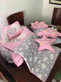 8 ideas for small bedroom if youre on a budget Space saving idea Keep colour to smaller details Neutral colour for walls. Baby Set, Baby Nest Bed, Baby Girl Dress Patterns, Baby Sewing Projects, Baby Pillows, Baby Bedroom, Baby Kind, Baby Crafts, Baby Decor