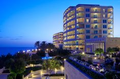 Anne Davies visits the Radisson Blu Resort & Spa Malta Golden Sands and invites you for a preview visit.