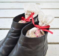 Shoe Freshener Shoe Deodorizer Lavender Sachet by TheSenseOfNature