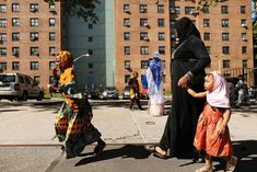 1 In 5 New Yorkers Who Wear Religious Clothing Have Been Pushed On Subway Platforms